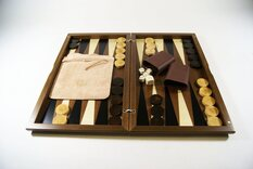 Dal Negro 17 inch Inlaid Walnut Backgammon Set