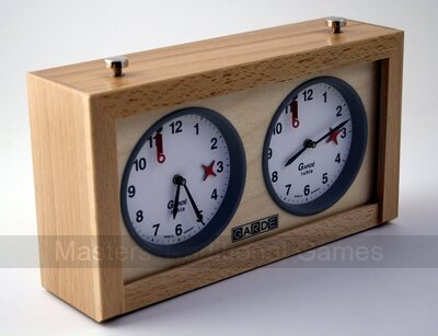 GARDE game / chess clock analogue, wood
