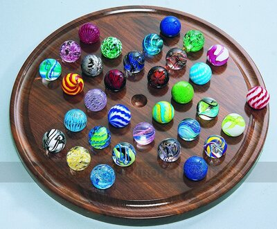 House of Marbles Duke of York Solitaire (17 inch - hand-made marbles)