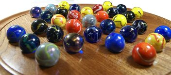 Masters Luxury Solitaire - Mahogany Board with Assorted Giant Marbles