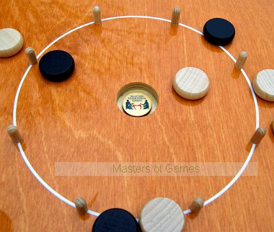 Masters Mini Crokinole board - Steamed Beech playing surface