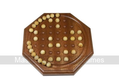 Octagonal 22cm French Solitaire with boxwood balls