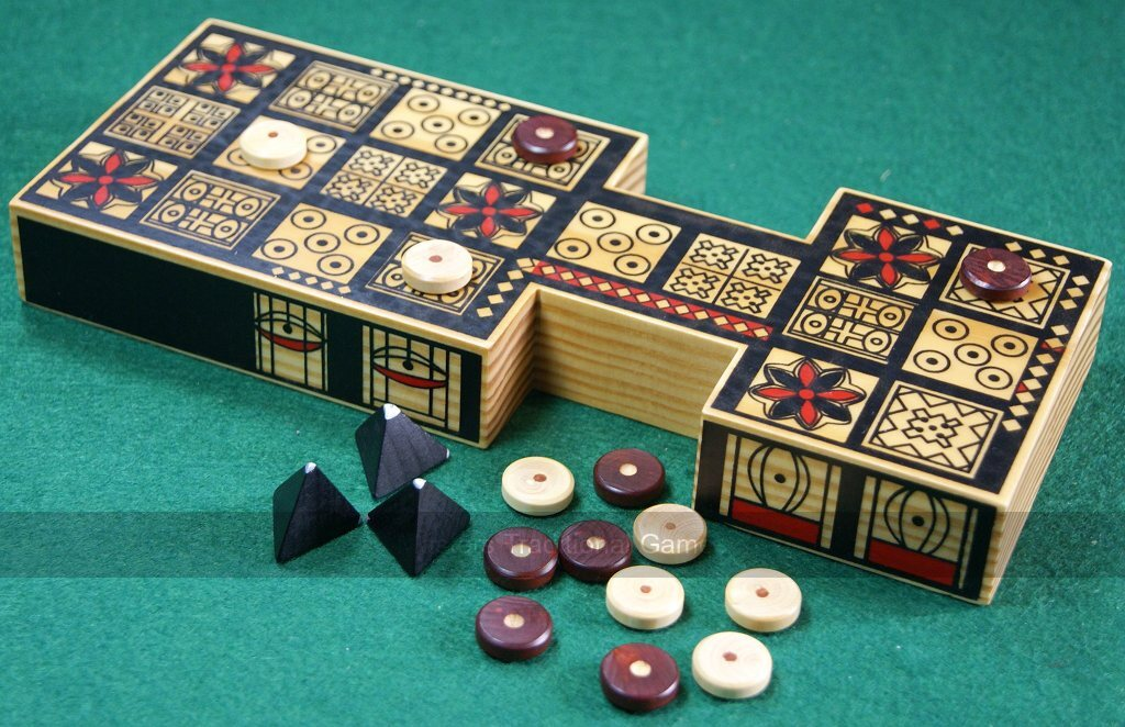 The Royal Game of Ur - Ancient Sumerian Ur - Oldest Board Game