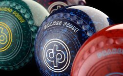Lawn / Flat Green & Indoor Bowls Equipment
