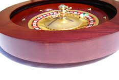 Mahogany finish roulette wheel 45cm / 18'' diameter