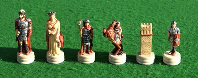 Italfama Romans vs Arabs Chess Pieces - Resin, Hand-Painted