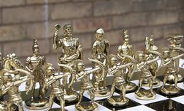 Manopoulos Archers Metal Chess Set