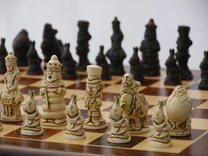 Alice in Wonderland Ornamental Chess Set(cream&brown,no board)