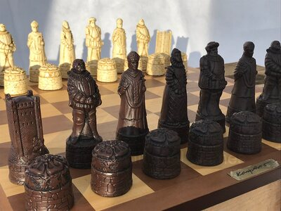 Berkeley Chess English History Ornamental Chess Set (cream & brown, board not included)