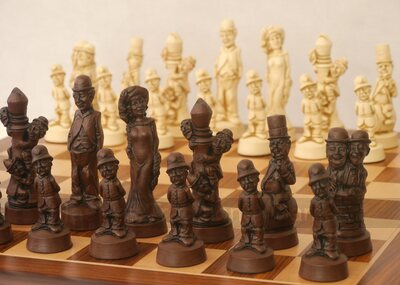 Berkeley Movie Stars Ornamental Chess set (cream & brown, board not included)