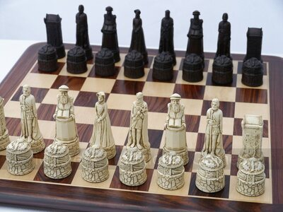 Scottish History Chess Set by Berkeley Chess (cream & brown, board not included)