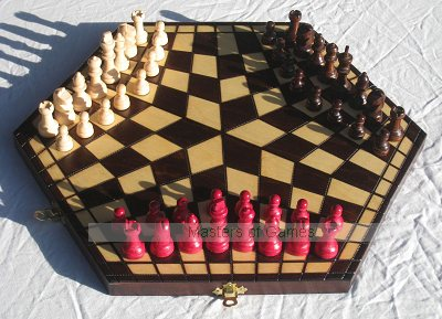 Standard 3 Player Chess - brown (pieces and board)