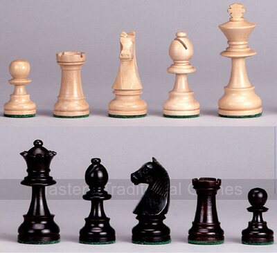 Philos Boxwood Staunton Chess Pieces (3¼ inch King)