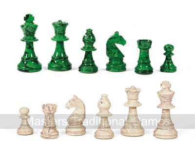 Dal Negro Lacquered Boxwood Chess Pieces - White & Green