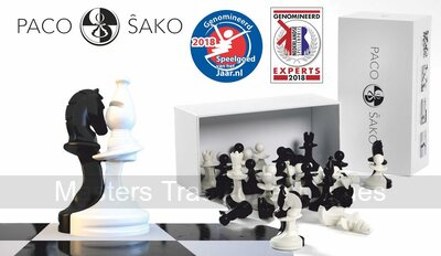 Paco Sako Chess Pieces (black & white)