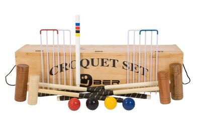 Uber Family Croquet Set in a wooden box