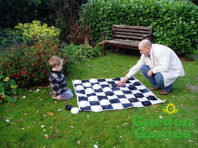 Garden Games Garden Draughts / Mini Giant
