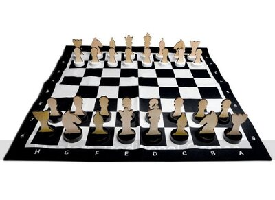 Large Chess Set with Wooden Pieces & Cotton Chess Mat / Board