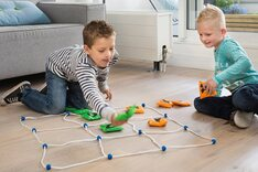 Giant Noughts and Crosses (70cm, BS Toys)