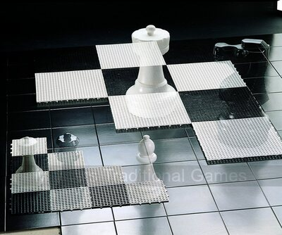 Rolly Mini-Giant Chess Pieces (without board)