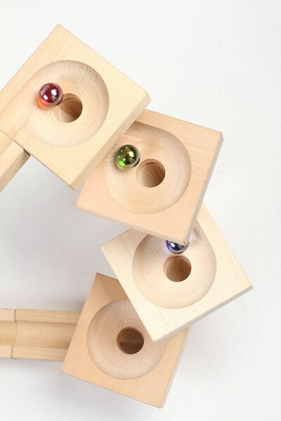 Varis Wooden Marble Run - Fix & Lock Twister Edition