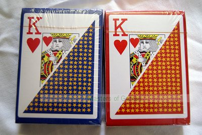 Carton of 36 x 100% plastic playing cards (18 red, 18 blue)