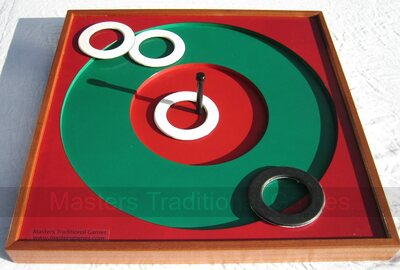 Pub Quoits board with 4 rubber Pub quoits